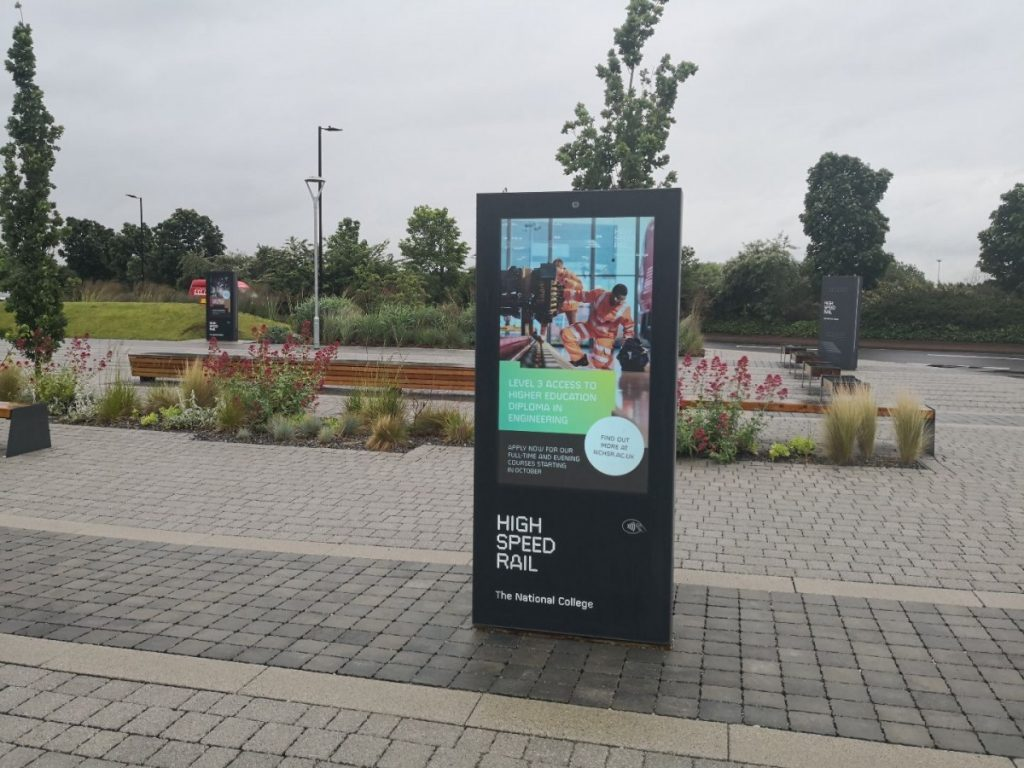 Kiosk suppliers and reasons to hire them
